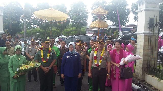 UNTUK PERTAMA KALINYA DUA JENDRAL PETINGGI TNI DAN POLRI SUM-SEL KUNJUNGAN KERJA KE KOTA PAGARALAM