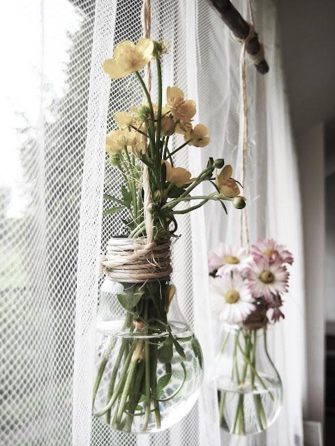 wiszące szklane wazoniki