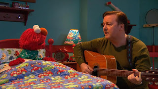 Ricky Gervais celebrity lullaby, Elmo, Sesame Street Episode 4308 Don't Wake the Baby