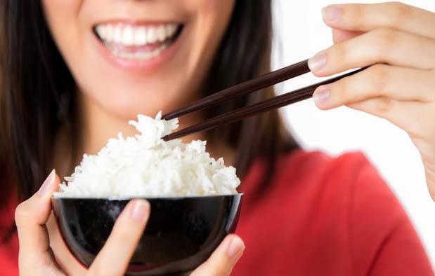 Arti Mimpi Makan Nasi