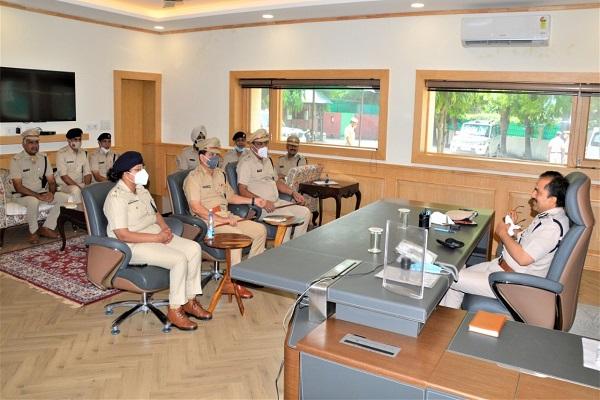 faridabad-police-commissioner-vikas-kumar-arora-take-charge