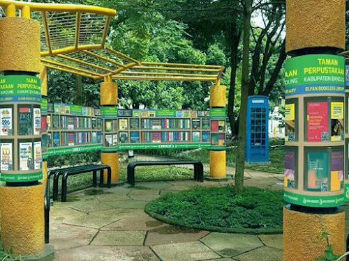 Taman perpustakaan Kabupaten Bandung