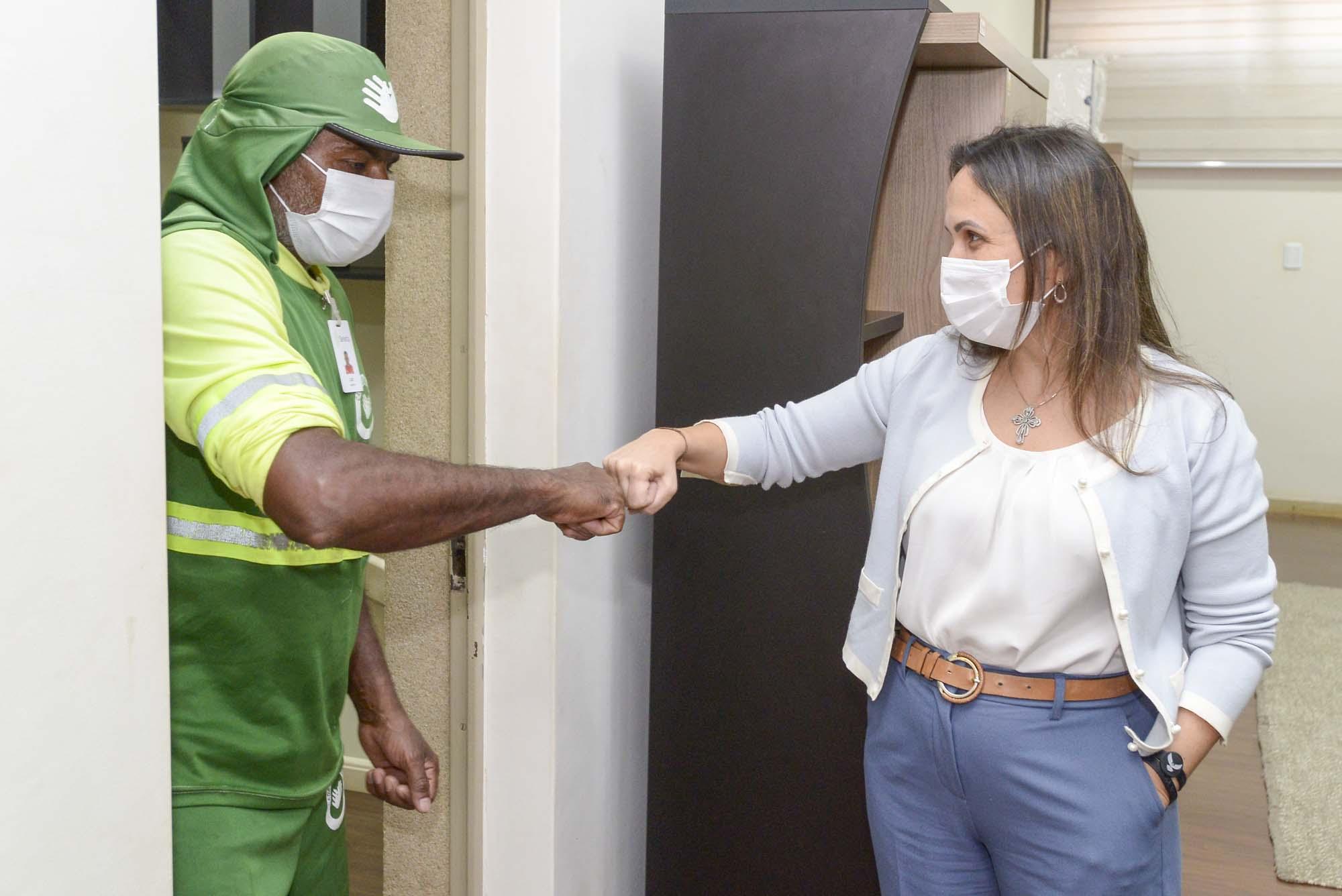 Coletores de lixo de Barretos entrarão na xepa da vacinação contra a Covid-19