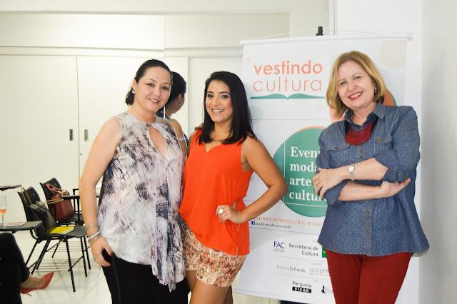 Palestra Vestindo Cultura - Blogs de Moda e o Mercado