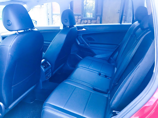 Rear seat in 2020 Volkswagen Tiguan 2.0T SEL with 4MOTION