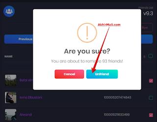 """Selanjutnya konfirmasi penghapusan pertemanan dengan klik tombol """"UnFriend"""""""