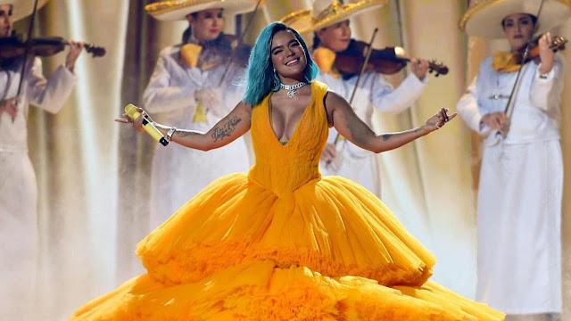 Triunfa en premiación de Univision