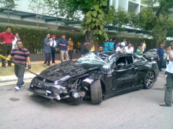 Malaysia Supercar Nissan Gtr35 Crashed At Jalan Ampang Driven By
