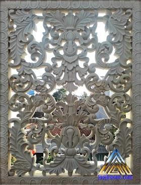 Loster ventilasi udara dan relief tempel dinding motif ukiran klasik