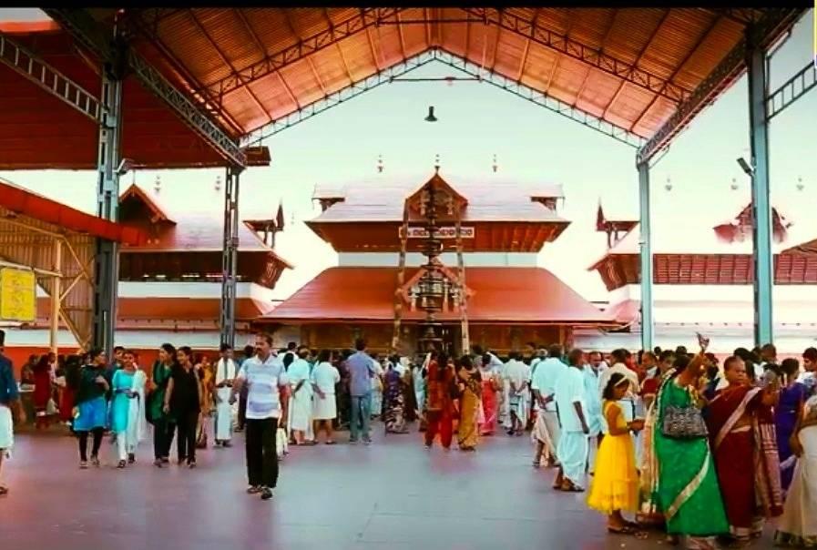 Guruvayur Temple Wikipedia Hindi