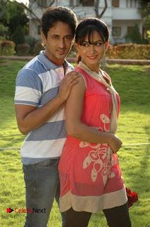 Manoj Nandam Smitika Acharya starring Ye Rojaithe Chusano Movie Stills  0004.jpg