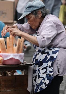 [Image: street_food_16.jpg]