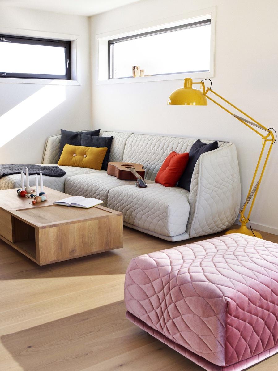 El Mostaza Es El Color Del Oto O La Revista De Portobellostreet Es # Muebles Color Mostaza