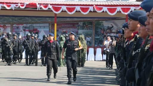Kapolda Sulsel, Pimpin Upacara HUT Brimob Ke-73 di Makassar