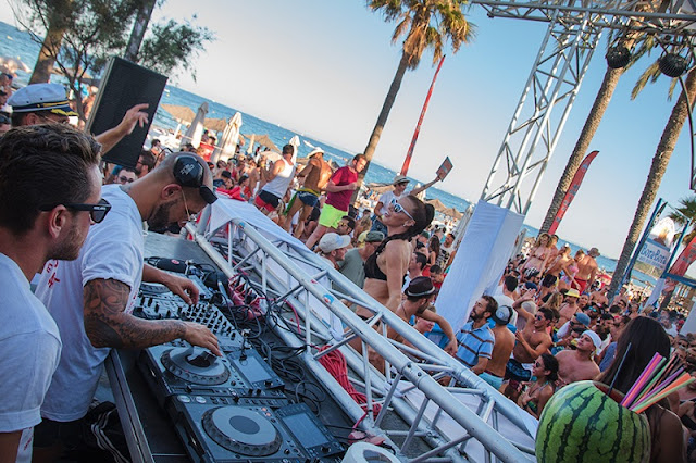 Festas no Bora Bora Beach Club em Ibiza