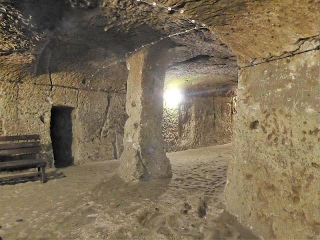 sala nella città sotterranea di Derinkuyu