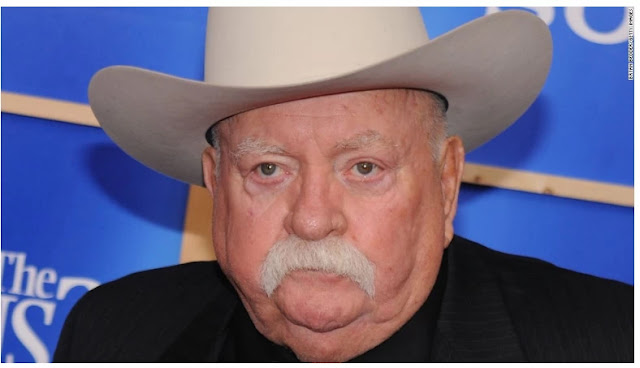 Wilford Brimley, 'Cocoon' actor who seemed in Quaker Oats commercials, dies at 85