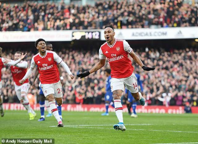 Video Arsenal 1-2 Chelsea: Đảo chiều sai lầm, ngược dòng may mắn