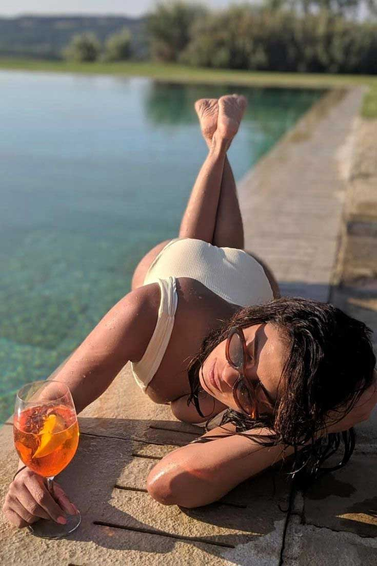 Priyanka Chopra in Swimsuit, Priyanka Chopra in Bikini