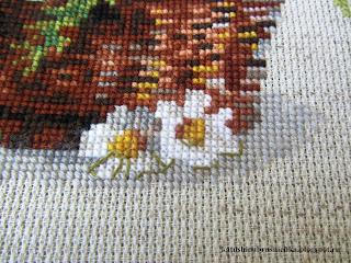вышивка ромашки
