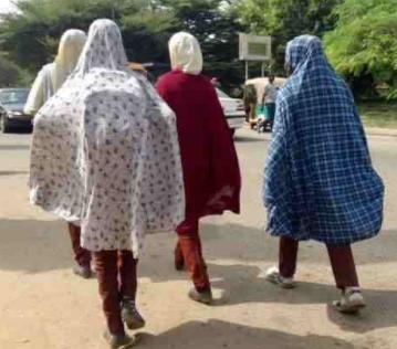 Oh no Gunmen abducts 300 school girls in zamfara state