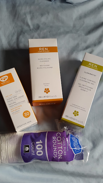 Green People and REN Clean Skincare product recommendations - www.modenmakeup.com