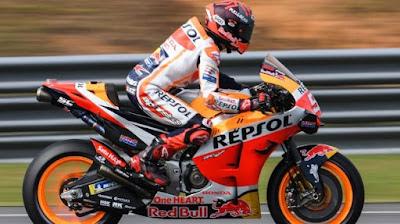 Pebalap MotoGP Marquez Merespons Kritik Berjemaah Saya Senang Di HONDA