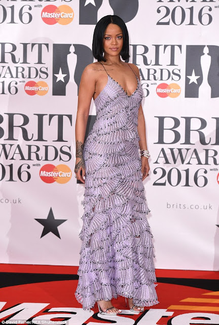 Rihanna photo Brit Awards Red Carpet