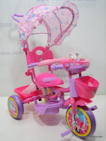 1 GoldBaby JT09 Winch Baby Tricycle in Pink