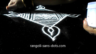 Diwali-muggulu-with-lines-310ab.jpg