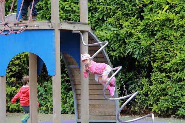 dublin leikkipuisto leikkikenttä leikkipaikka lapsille