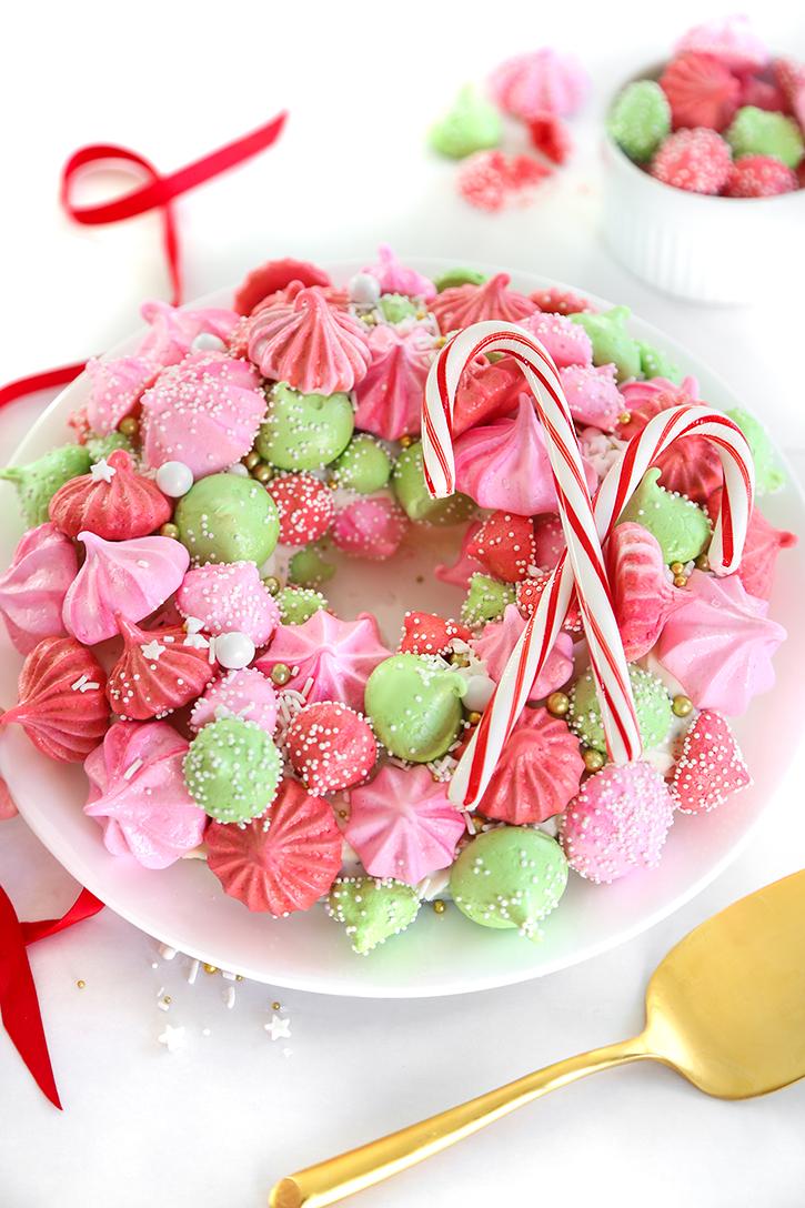 Meringue Christmas Wreath Cake | Sprinkle Bakes