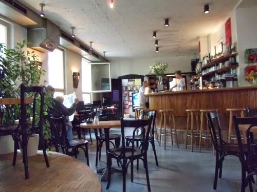 Gratis-WLAN in Cafés: Das Palais Schaumburg in Nürnberg-Gostenhof