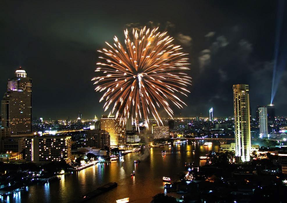 Bangkok, uno delle feste di fine anno più spumeggianti del mondo