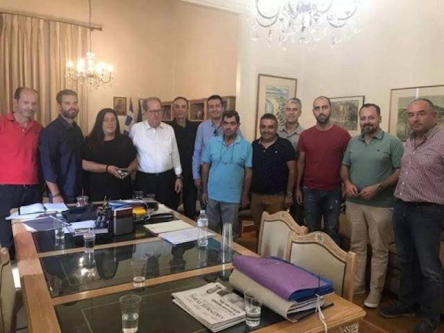 Οι εκπαιδευτές οδηγών Πελοποννήσου ευχαριστούν τον Π. Νίκα