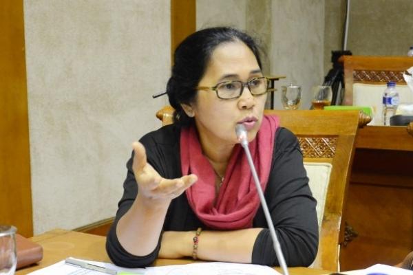 Komentari Aksi Sandiaga, Elite PDIP: Jual Aset Dollarnya 40 Persen Doang