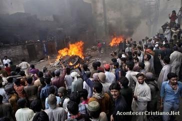Musulmanes exigen ley de blasfemia en Bangladesh