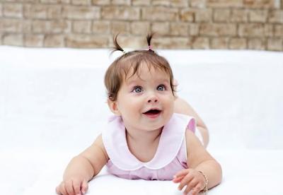 bayi perempuan eropa