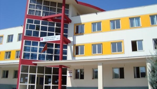 Schools started in Albania, 16 students and 1 teacher resulted in fever in Tirana