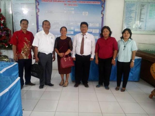 SMK Swasta GKPI 1 Pematangsiantar Berangkatkan Mrs Jenni Rosmiati SPd ke Filipina