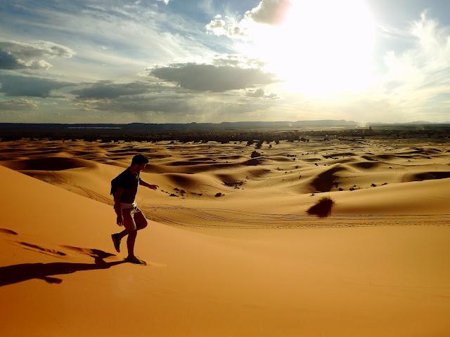 mochileros por marruecos