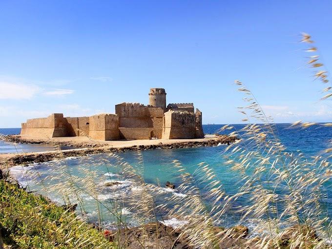 """La Fortezza di """"Le Castella"""" di Isola Capo Rizzuto apre i battenti"""