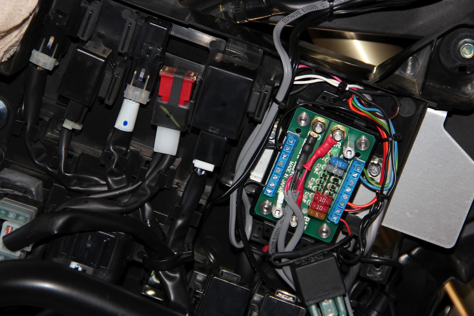 suzuki intruder fuse box wiring libraryfjr1300 fuse box 16 wiring diagram images wiring 2004 suzuki volusia [ 1600 x 1067 Pixel ]