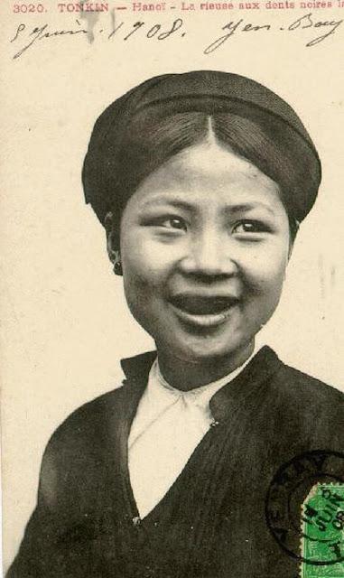 Răng đen là tiêu chuẩn cho cái đẹp của người Việt xưa?