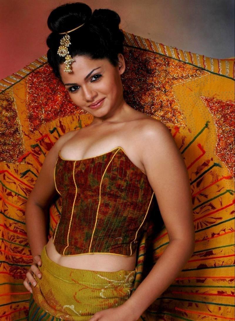 Anuya Bhagvath profile family, wiki Age, Affairs, Biodata ...
