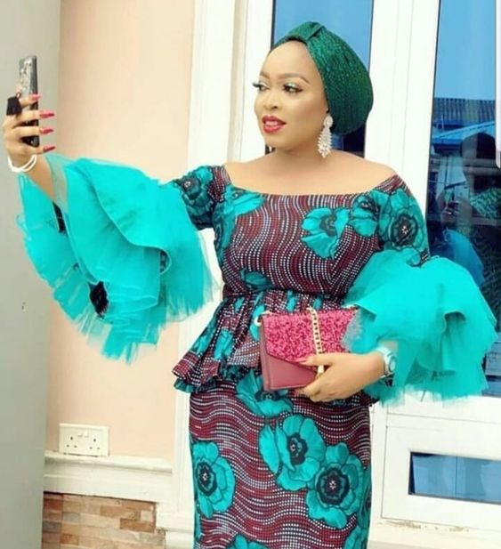 Latest Aso Ebi Styles 2019: Check Out Creative And Gorgeous Asoebi Styles Trending Vol.11