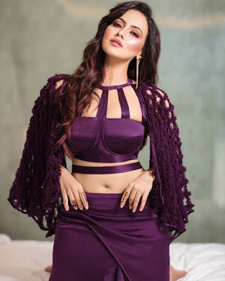 Sana Khan (Indian Actress) Biography, Wiki, Age, Height, Family, Career, Awards, and Many More