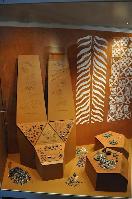 Szklane paciory eksponowane w Muzeum Wikingów w Ribe