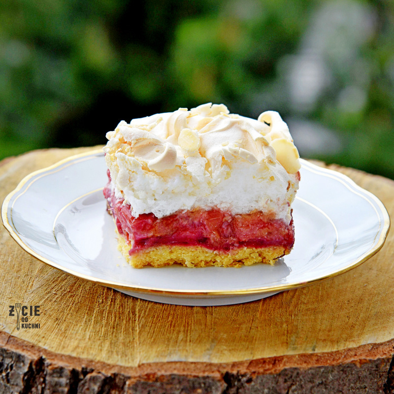 ciasto z rabarbarem, kruche ciasto z rabarbarem, ciasto z beza, rabarbar