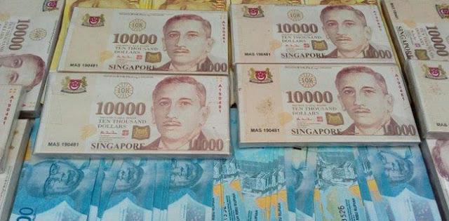 Lembaran 10.000 Dolar Milik Wiranto Sudah Tidak Edar, Sering Dikaitkan Dengan Pencucian Uang.
